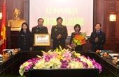 Đón nhận Cờ thi đua của Chính phủ và Huân chương Lao động hạng Ba