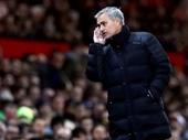 HLV Mourinho thổi lửa vào đại chiến với Liverpool