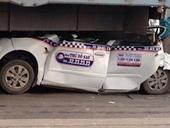 Hà Nội 7 xe ô tô tông nhau trên cầu Thanh Trì