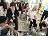 Vinamilk tiếp tục hành trình chăm sóc sức khỏe cho gần 2 000 người cao tuổi